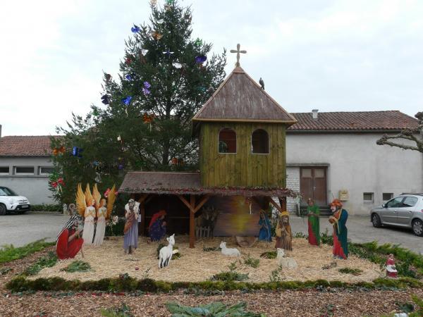 Saint-Vincent-Jalmoutiers place du village