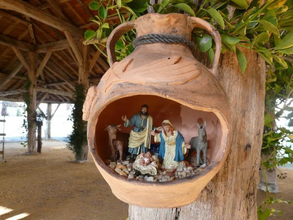 Exposition de crèches artisanales.La Jemaye.