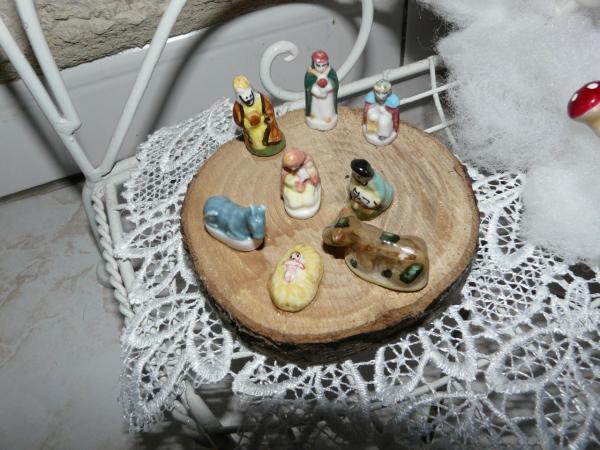 Petites féves en porcelaine